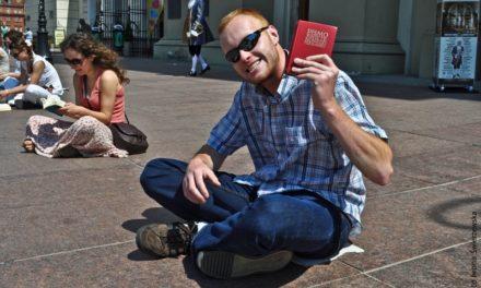 Biblia, cisza i centrum miasta?