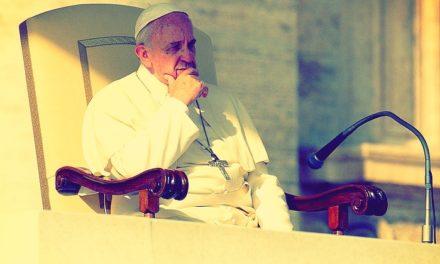 Papież chce więcej życia w Kościele