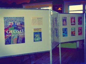 Wystawa z okazji 25-lecia Głosu Pocieszenia (fot. dworzak.jezuici.pl)
