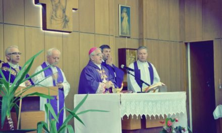 Nuncjusz Apostolski w kaplicy MSW