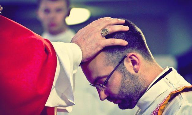 Już jutro święcenia prezbiteratu oraz diakonatu [ZAPROSZENIE]