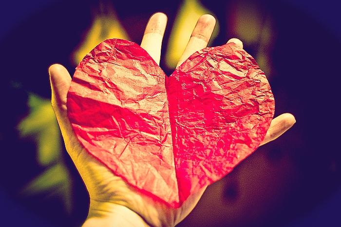 Serce Jezusa – Księga otwarta włócznią