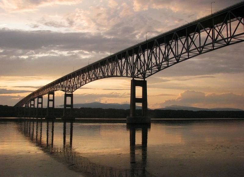 Mosty zamiast murów – jak rozwiązywać konflikty