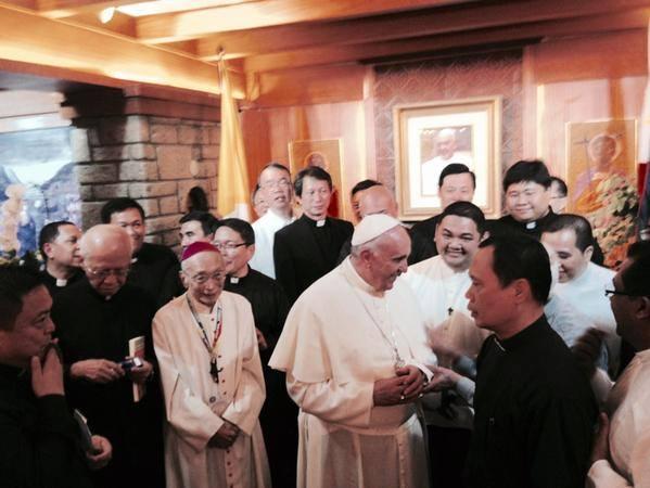WIDEO: Spotkanie Franciszka z jezuitami na Filipinach