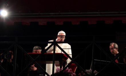 NA ŻYWO: Transmisja Drogi Krzyżowej z papieżem Franciszkiem
