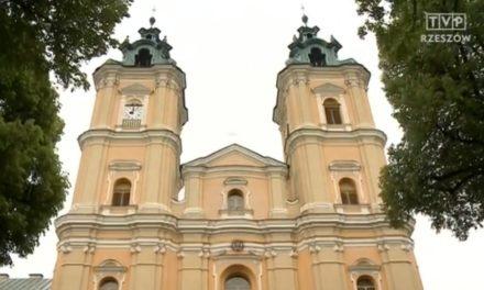 Reportaż TVP Rzeszów o renowacji Starej Wsi