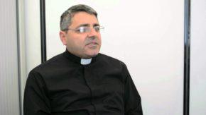 Ziad Hilal SJ (fot. YouTube)