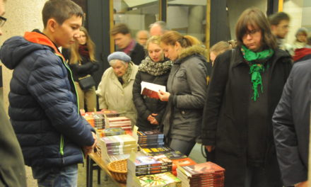 Warszawa: Kiermasz misyjny