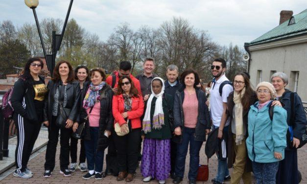 W Akcji: uchodźcy u Matki Boskiej Częstochowskiej