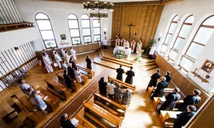 Prowincja Wielkopolsko-Mazowiecka: trzech nowicjuszy złożyło śluby [GALERIA]