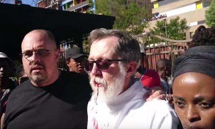 RPA: jezuita broniący studentów postrzelony przez policję