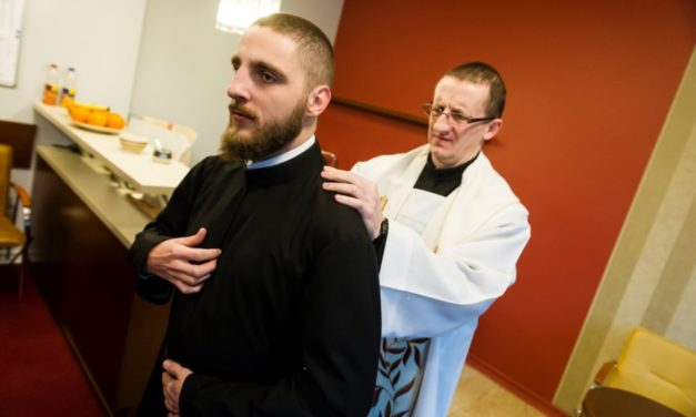Gdynia: Polish novices receive cassocks