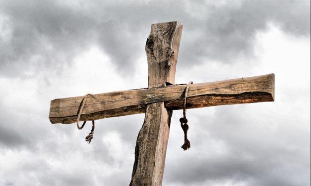Nie róbcie z krzyża karabinu