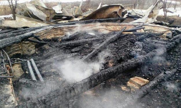 Spłonął drewniany Kościół w wiosce Białystok na Syberii