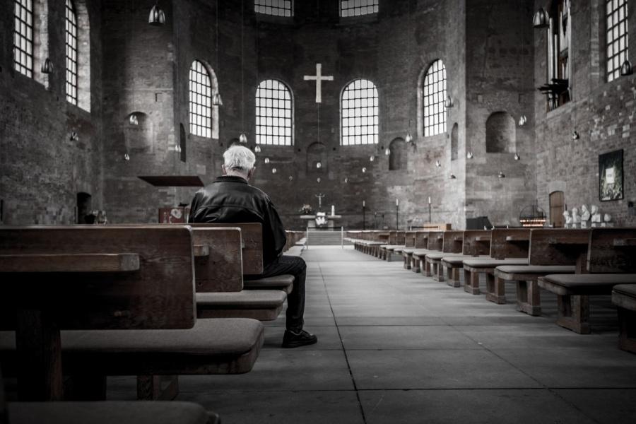 Kim jest dla mnie Jezus? Synem Boga żywego czy tylko reliktem z historii?