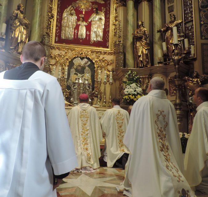 Kalisz: coroczna pielgrzymka Jezuitów do św. Józefa