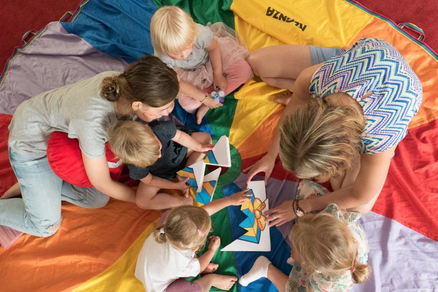 20 par i 50 dzieci, czyli jezuickie rekolekcje rodzin