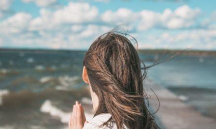 Jak radzić sobie z rozproszeniami na modlitwie?
