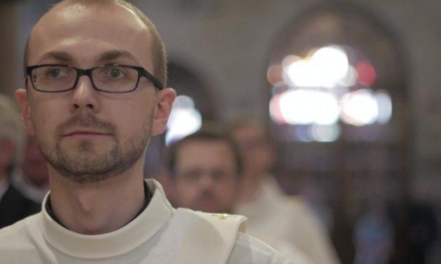 Święcenia prezbiteratu u Jezuitów – zobacz świadectwa kapłanów