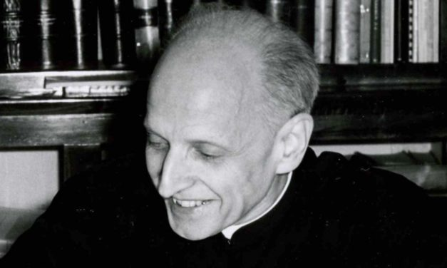 Strona internetowa dedykowana ojcu Pedro Arrupe