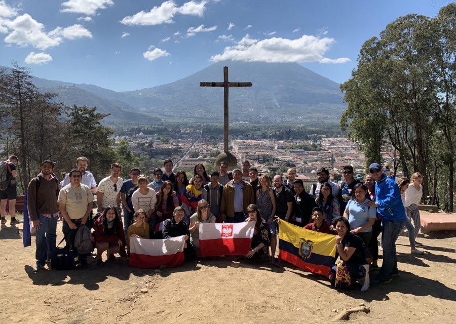 W sześciu krajach Ameryki Łacińskiej rozpoczął się jezuicki MAGIS