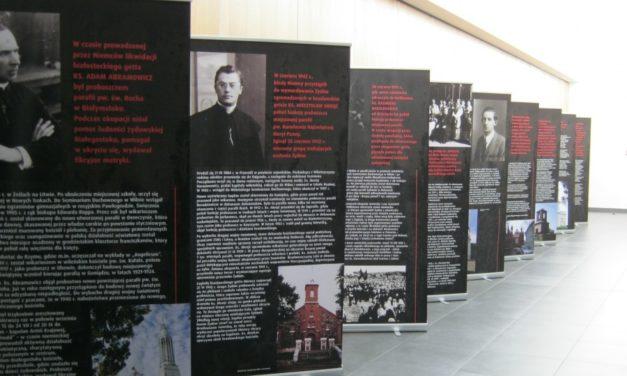 Białystok: Wystawa o księżach, którzy ratowali Żydów