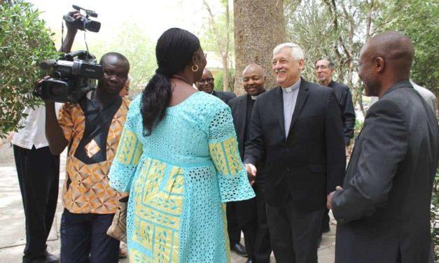 Generał jezuitów rozpoczął wizytę w Afryce