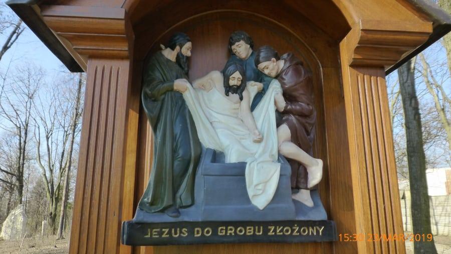 Jezus złożony do grobu