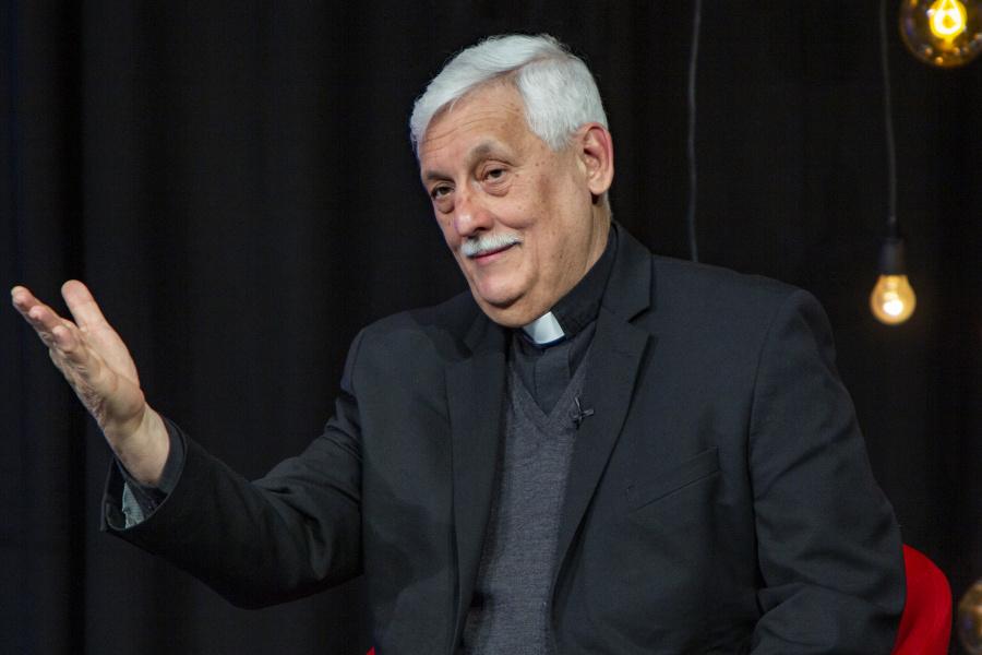 """Generał Jezuitów: Domy rekolekcyjne to nie """"fabryki chrześcijan"""""""