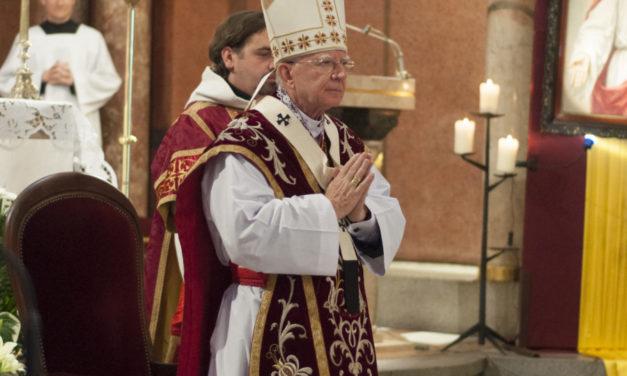 """""""Dialogi z Arcybiskupem"""" u jezuitów w Krakowie"""