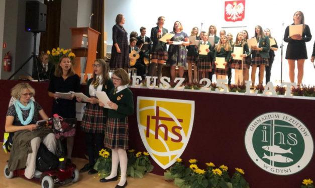 Gdynia: Obchody 25-lecia Liceum Jezuitów