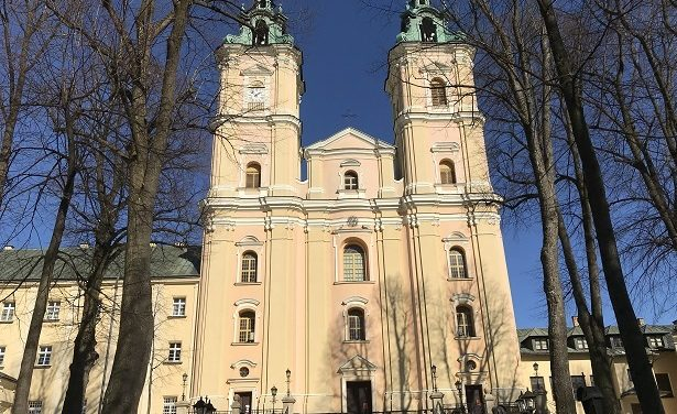 Gość Niedzielny pisze o barokowej bazylice w Starej Wsi