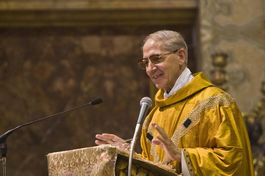 Transmisja z pogrzebu i wspomnienia o ojcu Adolfo Nicolásie SJ