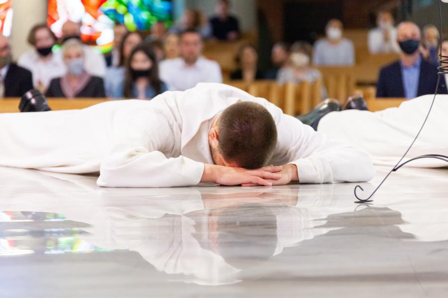 Siedmiu jezuitów przyjęło święcenia diakonatu