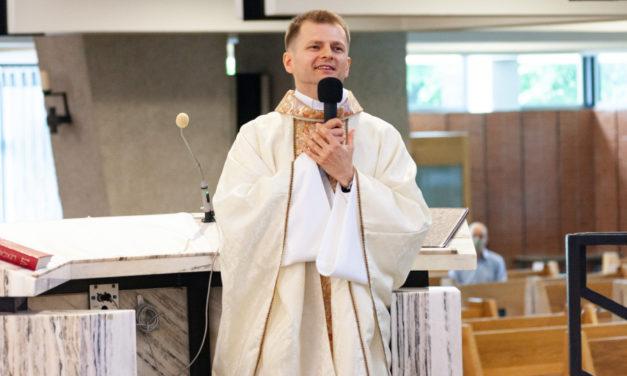 Święcenia kapłańskie Pawła Gołaszewskiego SJ