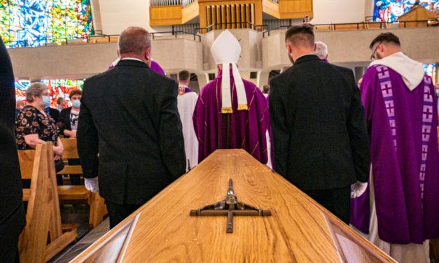 Uroczystości pogrzebowe śp. o. Stanisława Opieli SJ