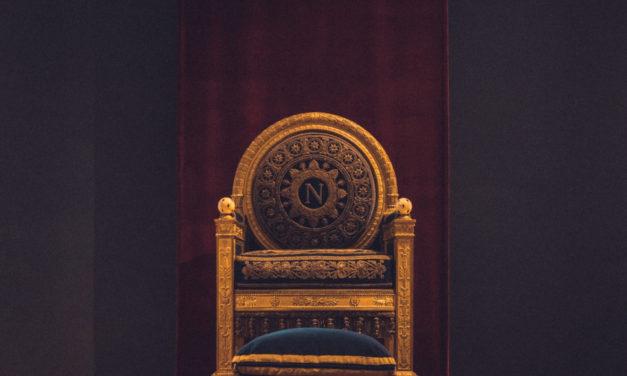 7 uczynków miłosierdzia. Umarłych grzebać. Śmierć króla (1) – samobójstwo