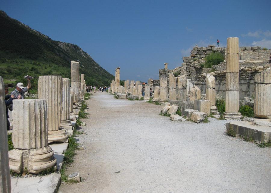 Na szlaku misyjnym ze świętym Pawłem (30) – pierwsze kroki w Efezie