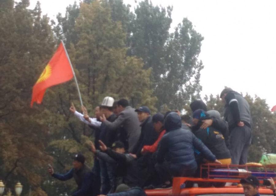 Zamieszki w Kirgizji – korespondencja o. Remigiusza Kalskiego SJ