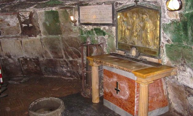 Na szlaku misyjnym ze świętym Pawłem (54) – w Więzieniu Mamertyńskim