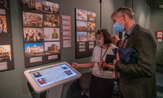Sankt Petersburg: Relacja z otwarcia wystawy o jezuitach