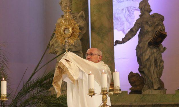 Uroczystość Najświętszego Serca Pana Jezusa w kościele akademickim w Toruniu