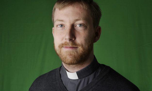 Fr. Daniel Nørgaard SJ made his first religious vows